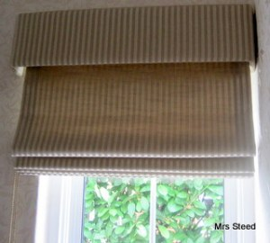 Roman blind straight pelmet
