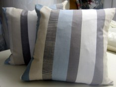 Zipped cushion